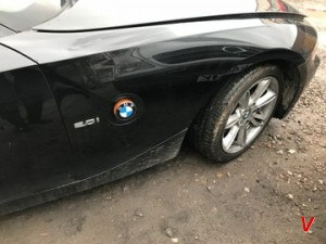 BMW Z4 Крыло переднее HG81029281