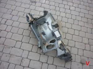 Citroen C4 Четверть передняя HG82143820