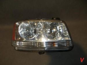 Dodge Magnum Фара HG77339469