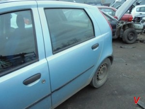 Fiat Punto Двери задние HG82870953