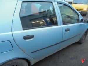 Fiat Punto Двери задние HG82874157