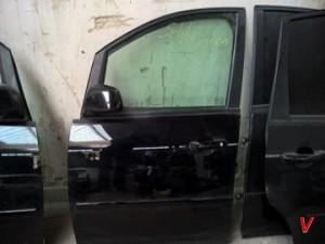 Двери передние Ford C-MAX HG29877304