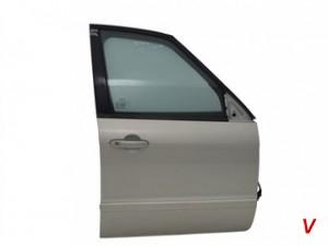 Ford Focus Двери передние HE24726941