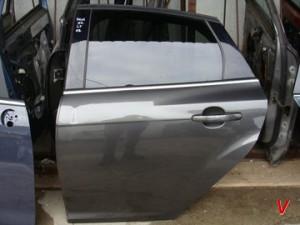 Ford Focus Mk3 Двери задние HG82259973