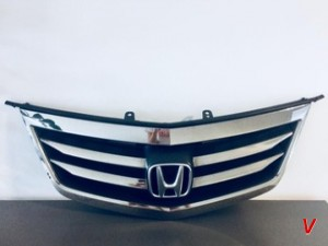 Решетка радиатора Honda Accord HG28808663