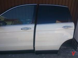 Honda CR-V Двери задние HG82992783