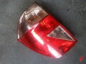Honda FR-V Фонари задние HG13047583