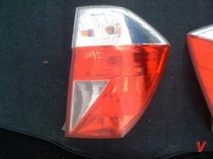 Honda FR-V Фонари задние HG16156159