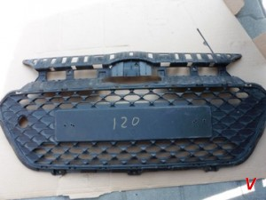 Решетка радиатора Hyundai i20 HG73274913