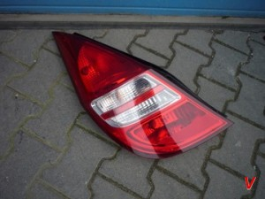 Hyundai i30 Фонари задние HG73039319