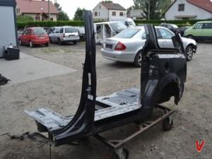 Lancia Voyager Четверть задняя HE75030516