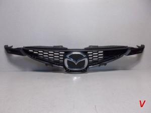 Mazda 2 Решетка радиатора HG18221453