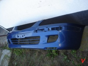 Mazda 626 Бампер передний HG59005848