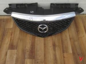 Решетка радиатора Mazda MPV HG30108640