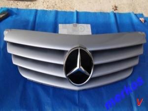 Mercedes B Решетка радиатора HF89664726