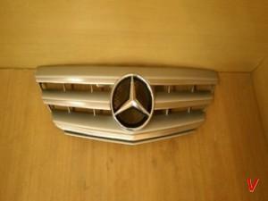 Mercedes B Решетка радиатора HG56698099