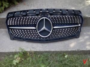 Решетка радиатора Mercedes CLA HG28957627