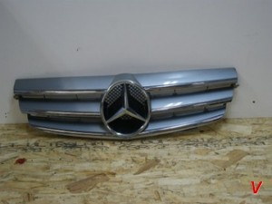 Mercedes CLK Решетка радиатора HG62366203