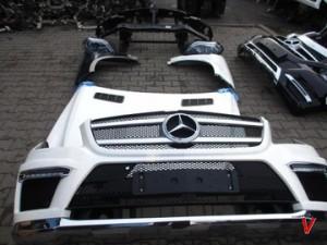 Mercedes GL Двери передние HG77044584