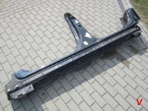 Mercedes GL Порог HG80792298