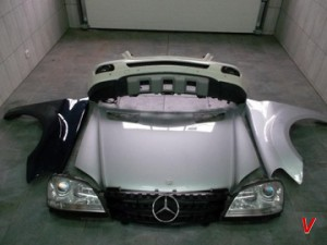 Mercedes M Крыло переднее HG60740401
