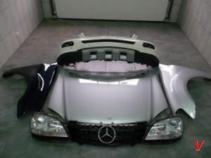 Mercedes M Крыло переднее HG60740948