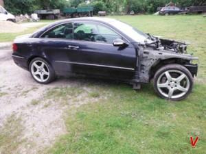 Mercedes V Четверть задняя HA61746923