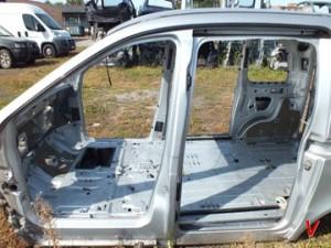 Mercedes Vaneo Четверть задняя GJ44257251