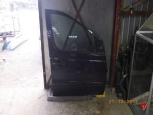 Mercedes Vaneo Двери передние HG73722683