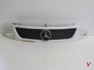 Mercedes Vito Решетка радиатора HG71435149