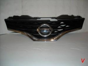 Nissan NV200 Бампер передний HG77969627