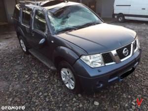 Nissan Pathfinder Четверть задняя HG18352386