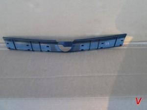Opel Astra III Решетка радиатора HG71993333