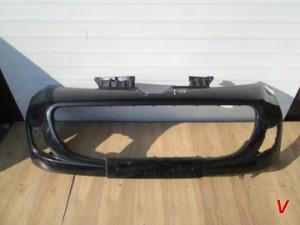 Peugeot 107 Бампер передний HG68961745