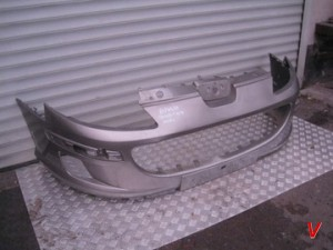 Peugeot 2008 Бампер передний HG82462373