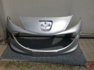 Peugeot 207 Бампер передний HG81865334