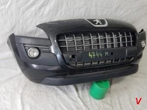Peugeot 3008 Бампер передний HG82545875
