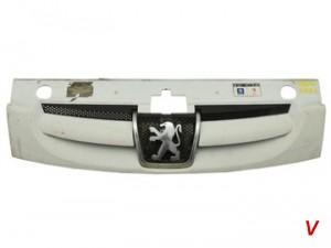 Peugeot Partner Решетка радиатора GJ69660417