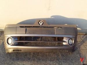 Renault Clio Бампер передний HG70498294