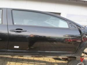 Subaru Justy Двери передние HG73163694