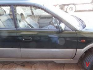 Subaru Legacy Двери передние HG76263115