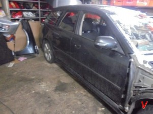 Subaru Legacy Двери передние HG81736815
