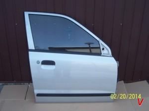 Suzuki Alto Двери передние HG81634004