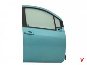 Suzuki Splash Двери передние HD02646835
