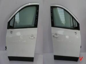 Suzuki SX4 S-Cross Двери передние HG76809771