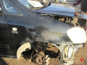 Toyota Avensis Verso Крыло переднее HG77541506