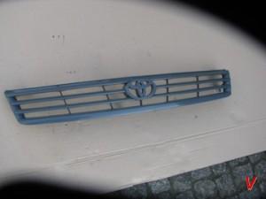 Toyota Hiace Решетка радиатора HG67887973