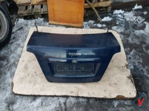 Volvo S40 Крышка багажника HG73283211