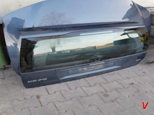 Volvo V70 Крышка багажника HG77502267