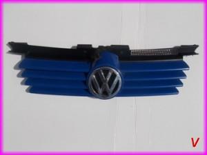 VW Bora Решетка радиатора HG70772540